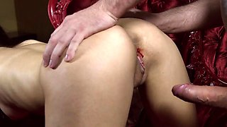 Sweet sweetie gapes tight pussy and gets deflorated