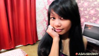 Petite Filipina amateur fucked and creampied on camera