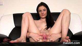 Horny czech chick gapes her slim cunt to the special64PxN