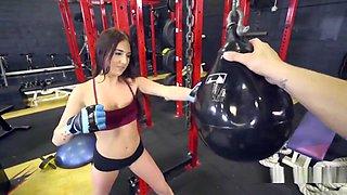 Amateur Teen Gets Huge Dick At Gym