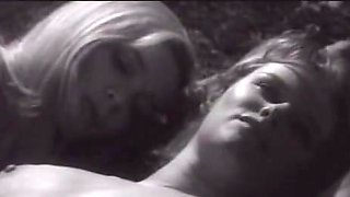 Essy Persson,Anna Gaël in Therese And Isabelle (1968)