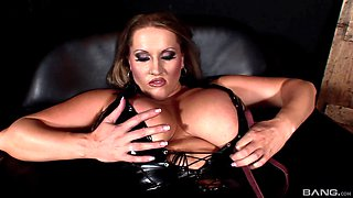 Tied up chick Laura M ravished by a fat blonde mistress