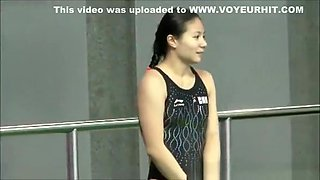 A lovely chinese diver