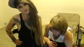 Teen emo couple misbehave in front of the camera b...