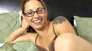Lindsey Meadows is a geeky girl who loves to suck cock.
