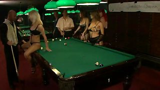 FRENCH CASTING 117 anal babes on pool table joyeuses queues