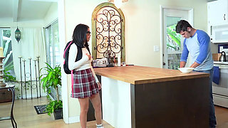 Stepsis Monica Asis gets her pussy eaten by stepbro