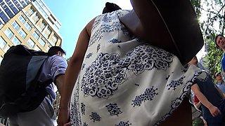 Street voyeur captures elegant ladies with wonderful asses