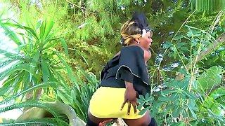 Big African Black Jungle Booty