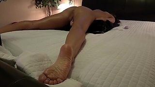 Amateur Wife Cums Fucking Thick Black Dildo Fuck Machine Close Up Pip