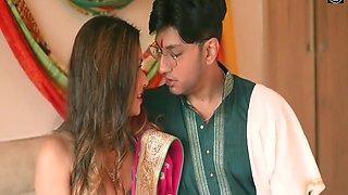 Desi Hot Swathi Saluva Bhabhi Hardcore Sex