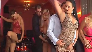 Swingin' Mom's Sex Party (full movie) 2_13