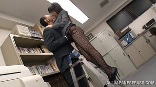 Arisa Misato, wearing pantyhose, gets fucked in an office