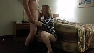 Blonde cheating her hubyy on a hotel room