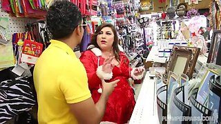 Shoplifting Santa Bbw Porn - Bella Bendz