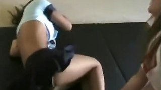 2vs1 female wrestling , fighting