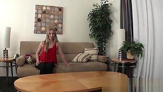 UK Midget cons hot blonde into doing hardcore porn casting
