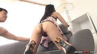 Ishiguro Kyoka finger bang gets her hole vibed and cummed