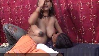Indian Boob Aunty