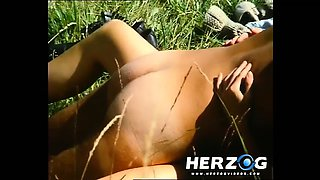 Retro brunette teen beauty gets banged in nature