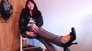 Goddess Mikki Sixx Verbally Crushes & Humiliates You
