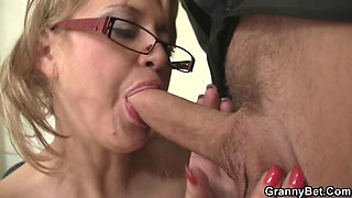 He fucks mature office bitch