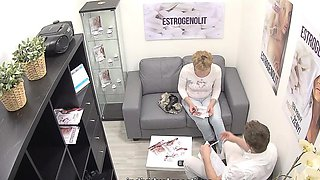Mature Czech Woman Squirting With Estrogenolit