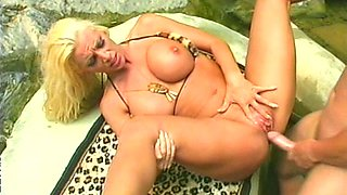 Blonde LA LaMann takes that dick deep in her wide opened mouth