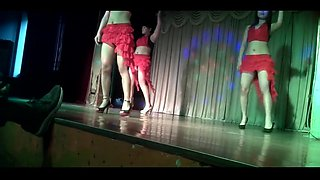 chinese dance 农村歌舞团激情表演