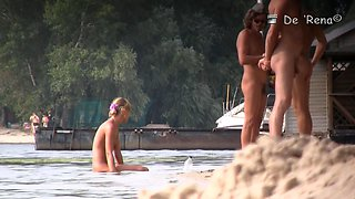 Gorgeous women sunbathes naked shapes in the nude bitch
