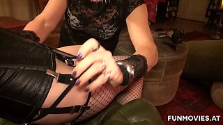 Crossdresser gets a solid blowjob from dominant slutty shorty Sarah Dark