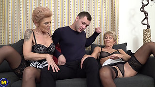 OLDER LADIES OPEN THEIR LEGS ENJOYING YOUNG TOUNGUE AND COCK