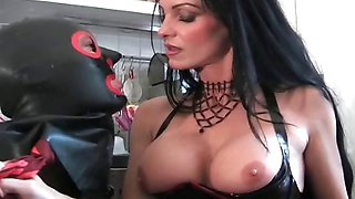 Juggs Carmen in great dirty bondage part4