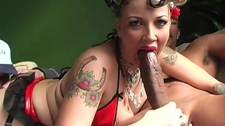 Candy Monroe wants to fuck with a black guy in front of her husband