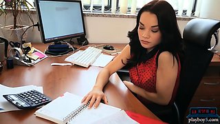 Big tits office hottie fantasizes about the beach