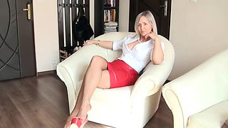 Red skirt pantyhose posing