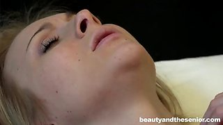 sleeping beauty gets woken up for an orgasmic pussy drill