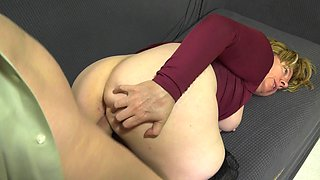 BBW mom puts on her seamed stockings to seduce him