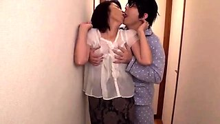 Japanese mature in lingerie fucked after sucking