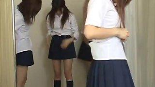 Japanese schoolgirls pussy examination
