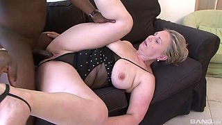 Mature BBW Nicol gets her meaty bits filled with stiff black cock