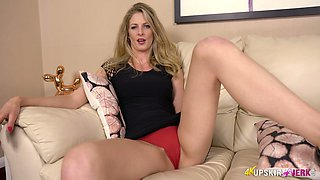 Seductive milf Leah shows off her yummy and appetizing pussy