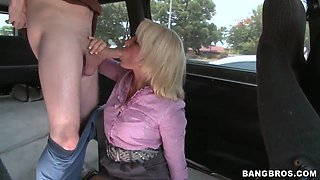 Casey Cumz suck cock in bang bus