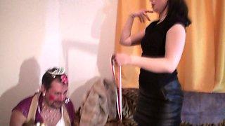 goddess gloria make a clown from joschi to show the whole world