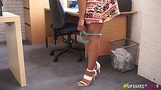 Attractive secretary Kayla Louise spreads legs wife open and shows her beautiful pussy