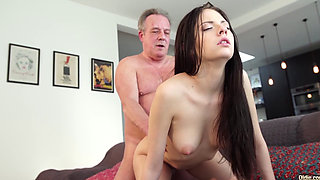 Old man Warming up my young pussy and cums in my mouth