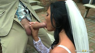 horny bride jasmine jae gags herself on his giant dick outdoor