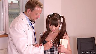Tina Kay and a doctor make Luna Rival beg for more of that sex