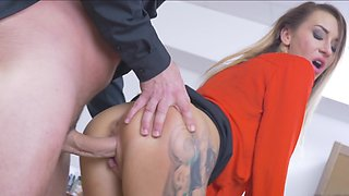 Boss loves having her bent over the desk with his cock in her pussy