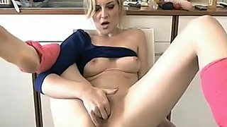 Smoking Hot Webcam Blonde Milf Anal And Pussy Dildo